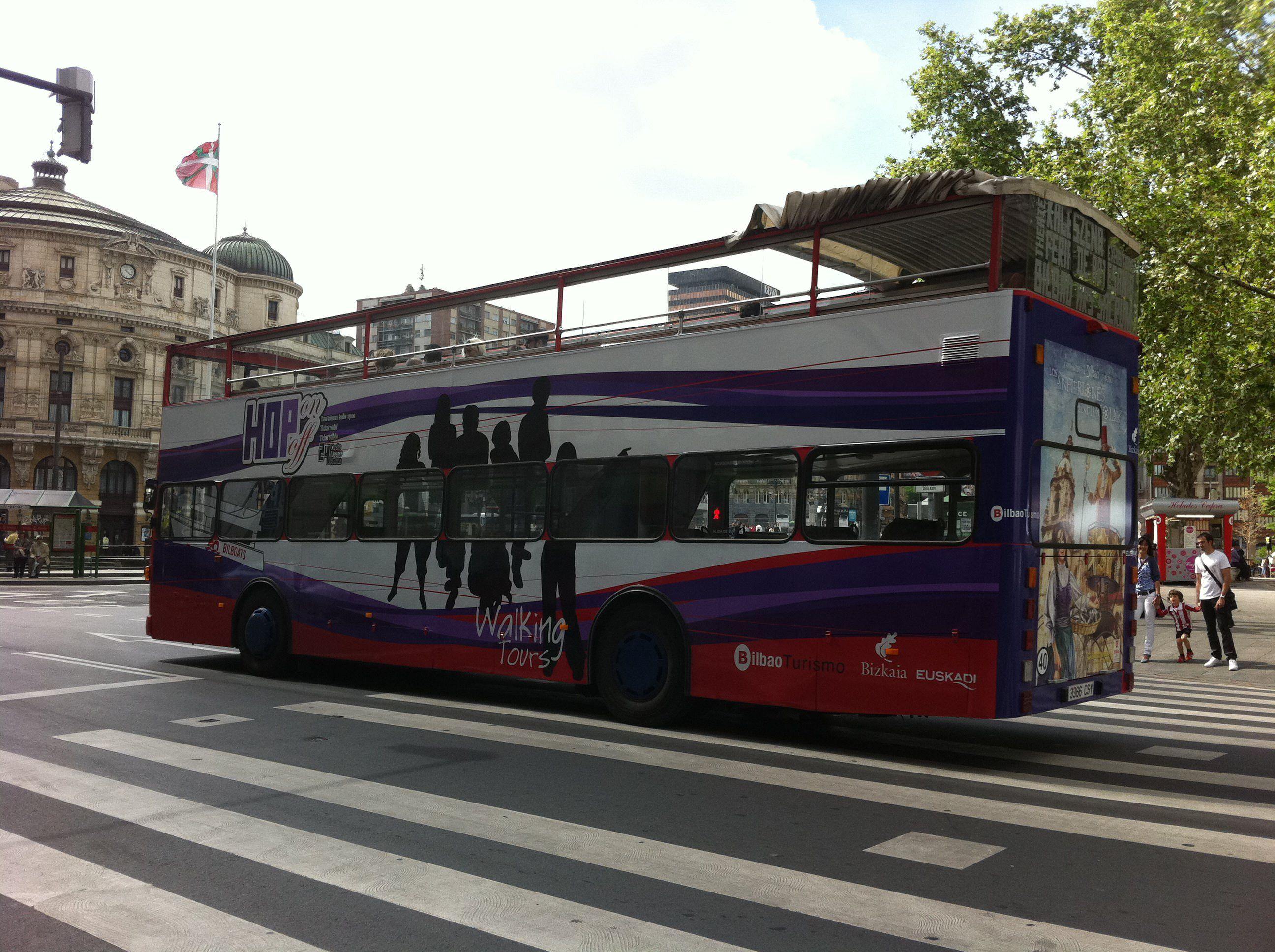 Autobuses de dos pisos en bilbao gu a bilbao turismo - Autobuses de dos pisos ...