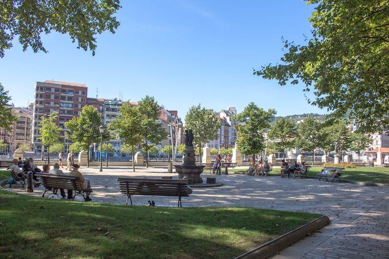 Parques y jardines bilbao gu a bilbao turismo for Jardines de bilbao