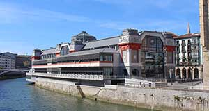 Mercado de la Ribera: El mercado cubierto más grande de Europa