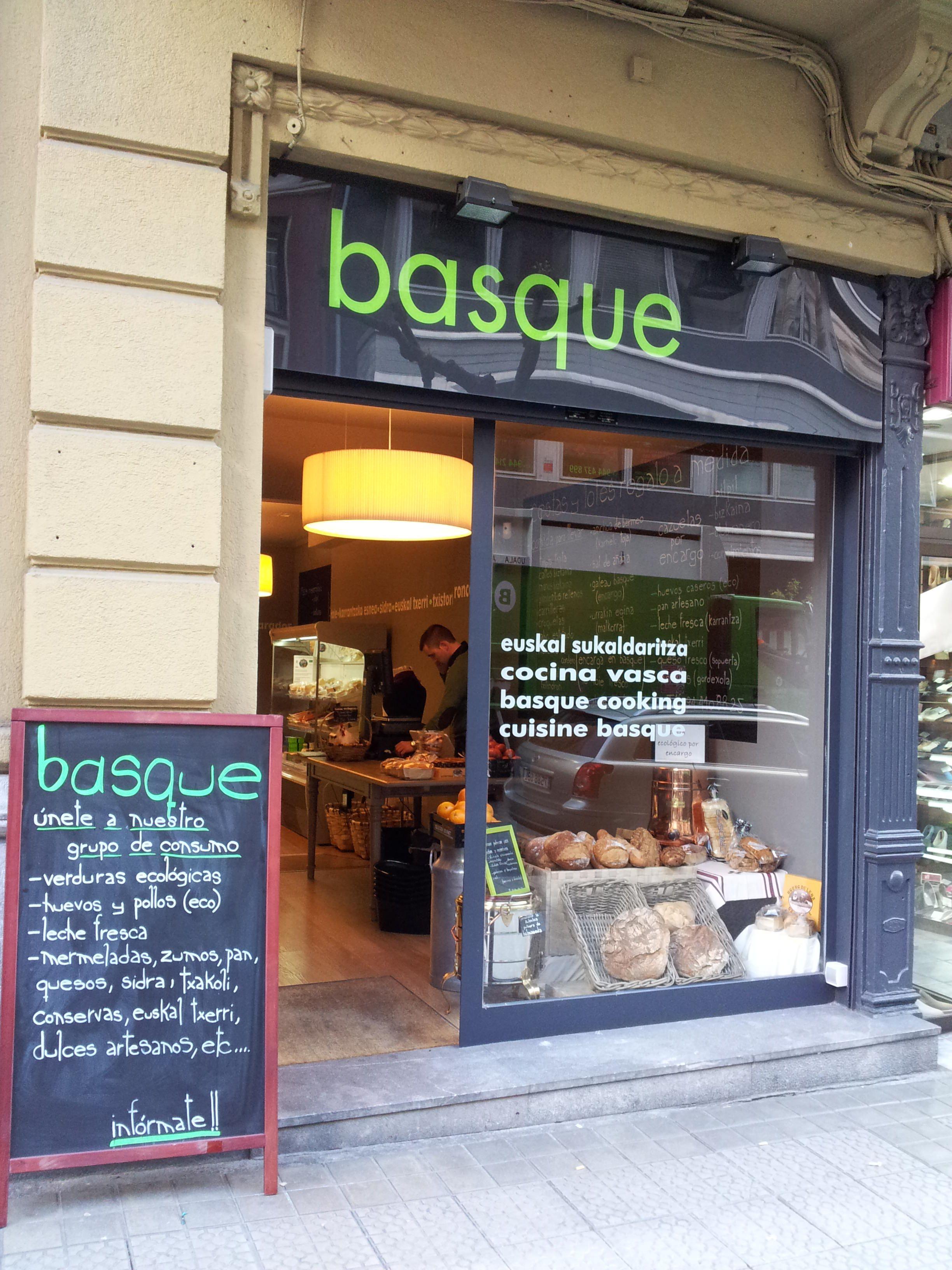 Tiendas gourmet bilbao cheap los locales de las tiendas for Cocina vasca pamplona